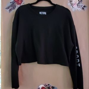 Victoria Sport Cropped Sweater with Glitter detail